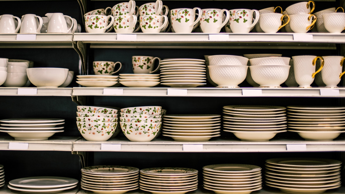 Elkelt a hollóházi porcelángyártó: kiderült, mennyit adtak érte