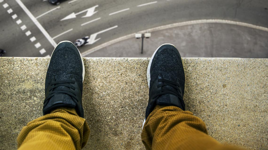 Felfoghatatlan tragédia: öngyilkos lett egy debreceni kollégista
