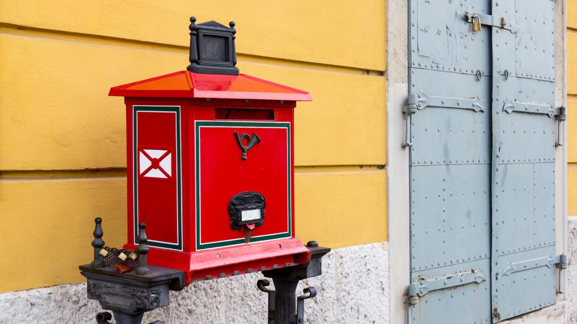 Újabb postákra kerül lakat: egy budapesti és egy vidéki kisposta is bezár