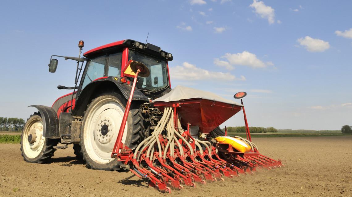 A termőföld még mindig jó üzlet: újabb támogatások a gazdák számára