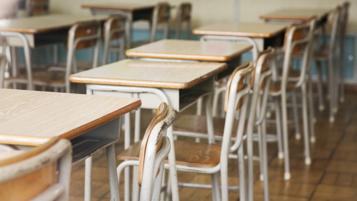Hatalmas beruházás Tatán: milliárdokból újítják fel a 110 éves általános iskolát