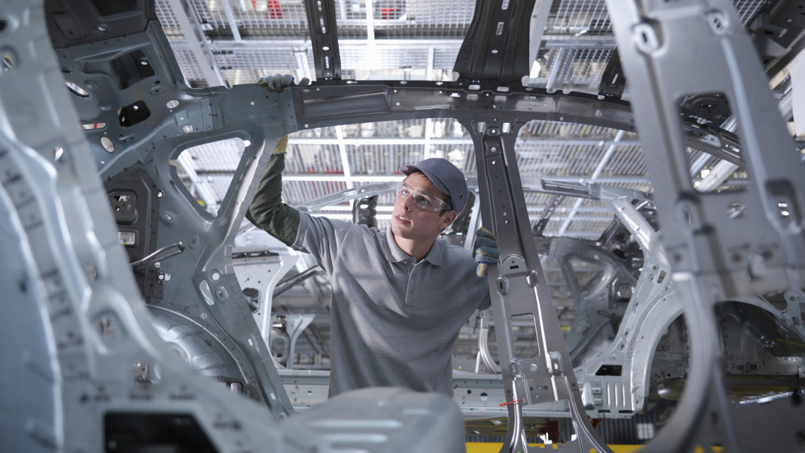 Itt a nagy bejelentés: ekkor kezdődik a BMW-gyár építése Debrecenben