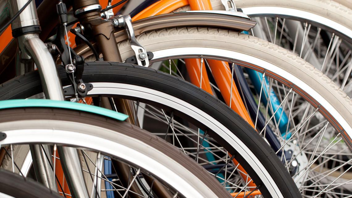 Közös biciklikölcsönzőt kap Esztergom és Párkány: így köti majd össze őket