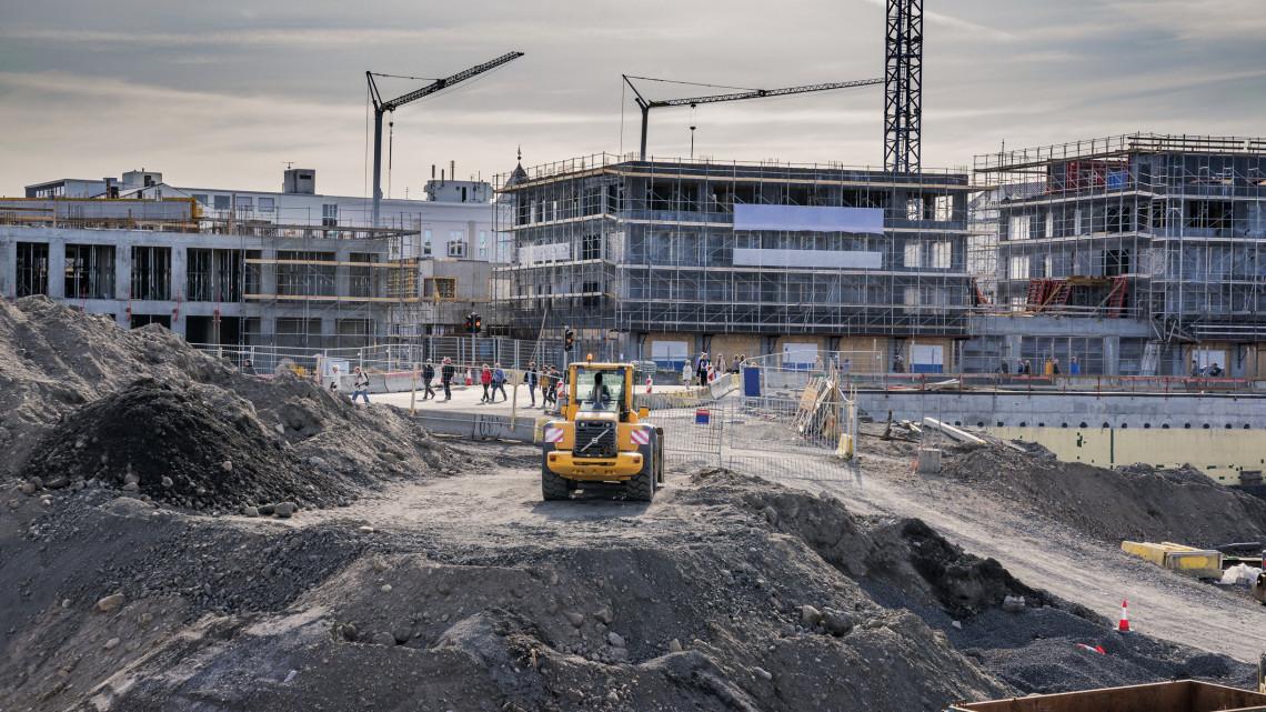 Milliárdos fejlesztés Szabolcs megyében: 800 lakás épül a 12 ezer fős településen