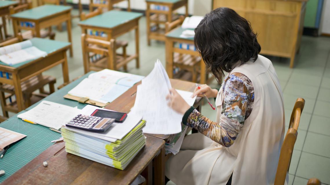 Kiderült: ennyi lesz a pedagógusok fizetése és a diákok ösztöndíja