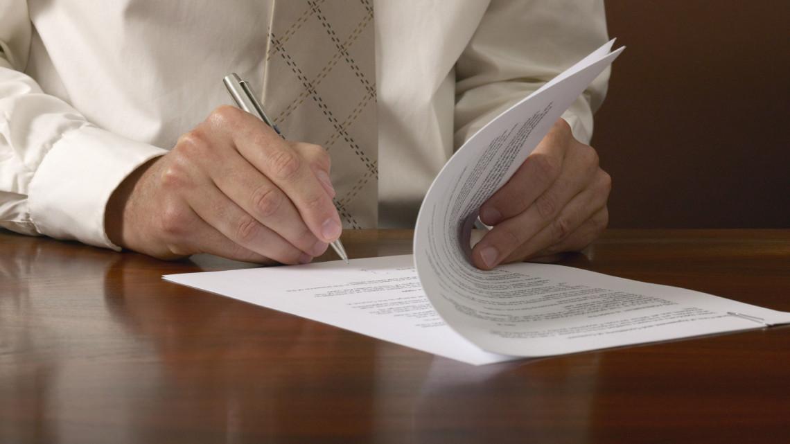 Hatalmas összeghez juthatnak a vállalkozások: a mai naptól jelentkezhetnek