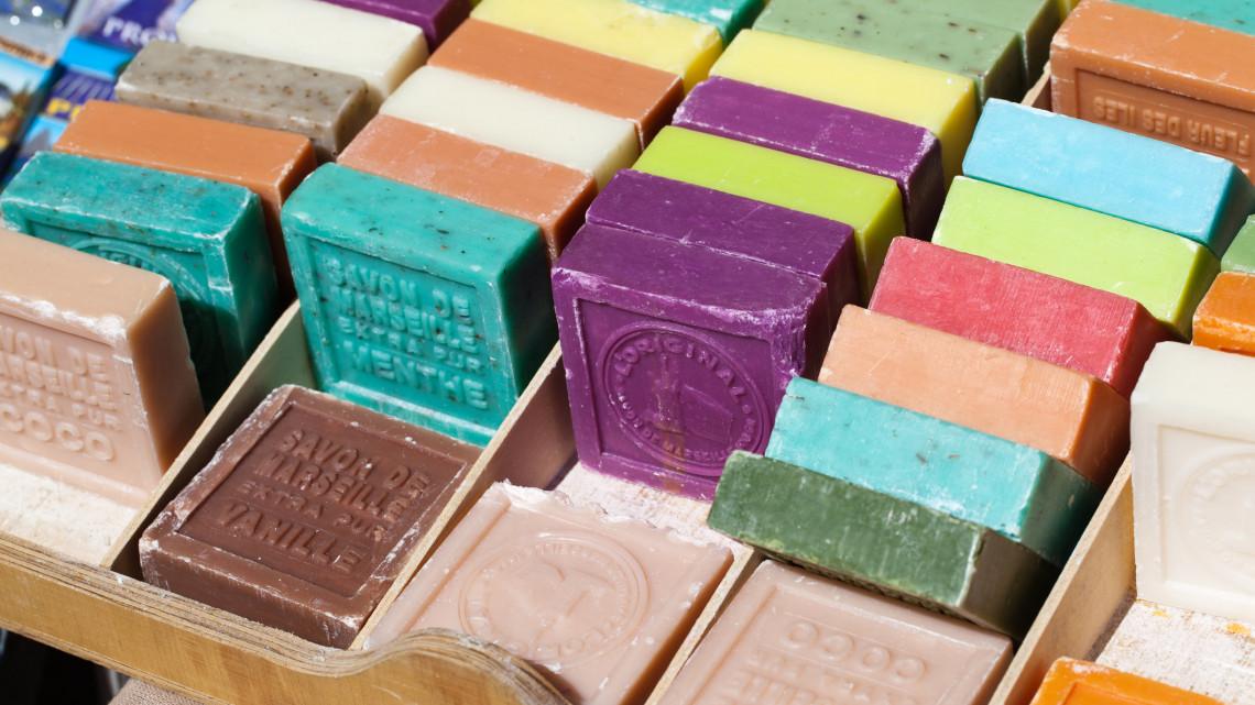 Átverős kézműves kozmetikumok a magyar piacokon: így szúrhatod ki a gagyit
