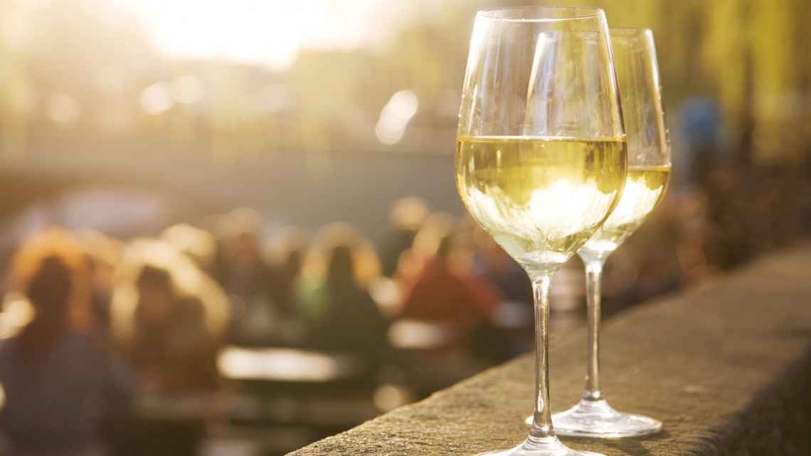 Megszólalt a világhírű borkritikus: ezek a legjobb furmintok most Magyarországon