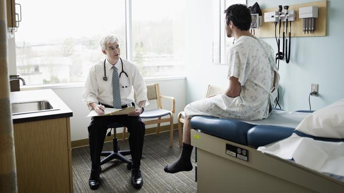 Zsebbe kell nyúlni a betegeknek: borsos áron ugorhatjuk át a várólistát