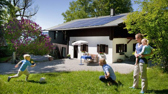 Nagyot mehet az új akcióterv: búcsút inthetnek a magas áramszámlának a családok?