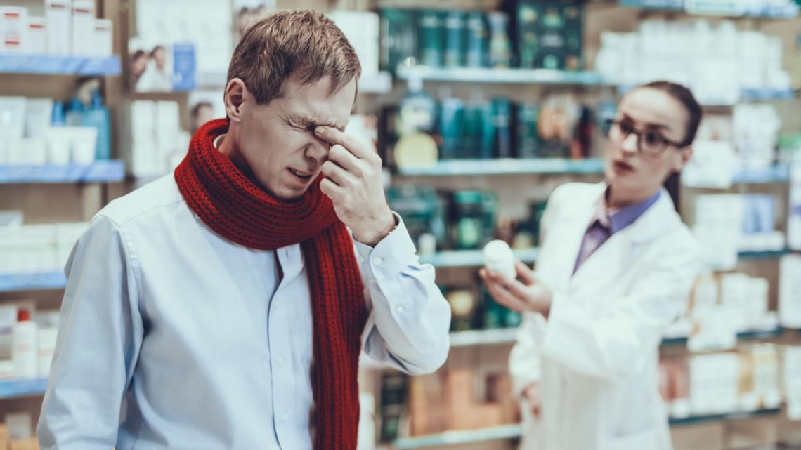 Változás a patikákban: az Algopyrin és több gyógyszer ismét recept nélkül kapható