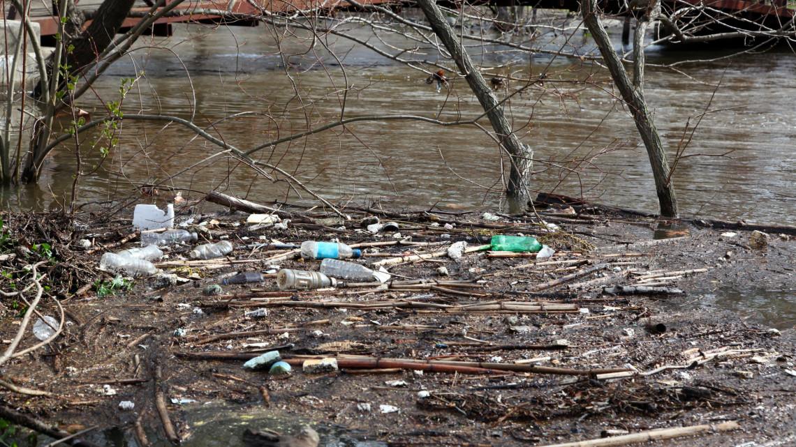 Kiadták a vészjelzést: harmadfokú készültség lépett életbe a magyar folyón