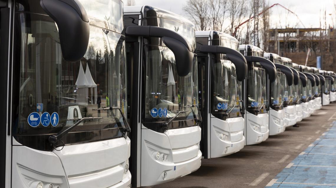 Itt tiltják be a dízeles buszokat: mutatjuk a listát