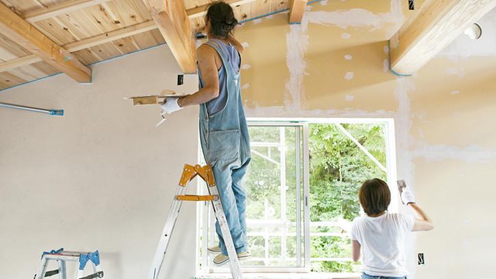 Csökken a lakásépítők száma: egyre jobb ötlet a felújítás