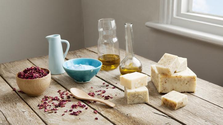 Így készül az igazi házi szappan: szappankészítés kezdőknek - szappan receptek