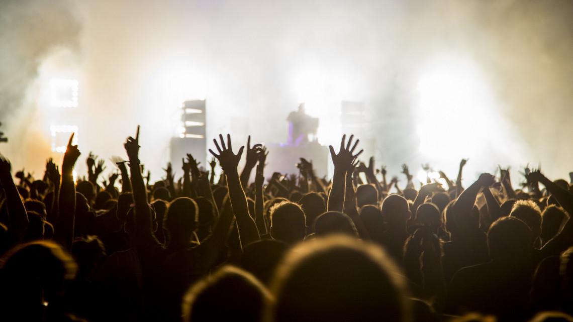 Folyik a szervezés: egyelőre nem fújják le a legnagyobb nyári zenei fesztiválokat