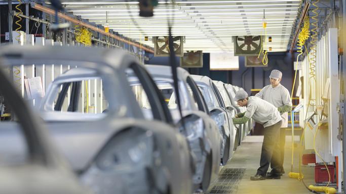 Itt a bejelentés: hétfőtől leáll a termelés a győri Audi gyárban