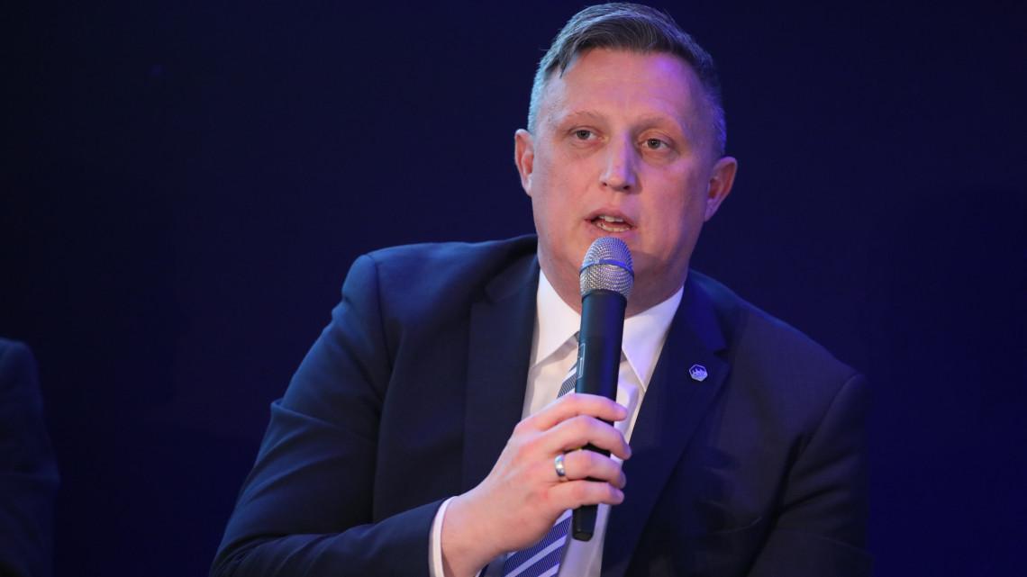 Koronavírus: nincs helye a pánikvásárlásnak, emiatt szállnak el az árak Magyarországon