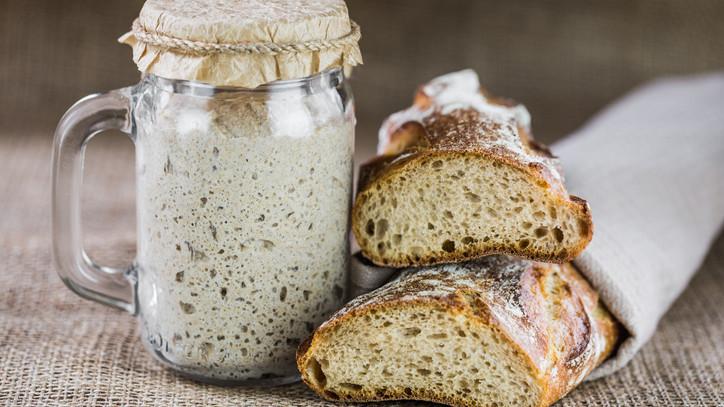Újra divat kenyeret sütni: az eredeti kovászos kenyér készítése