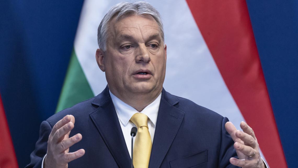Orbán Viktor: minden idők legnagyobb gazdaságélénkítési akciótervét kell elindítani
