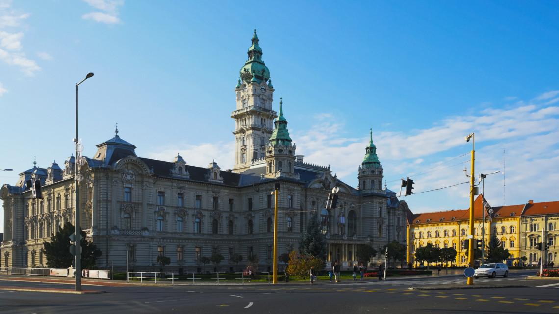 Koronavírus: a győri polgármester is elkapta a fertőzést