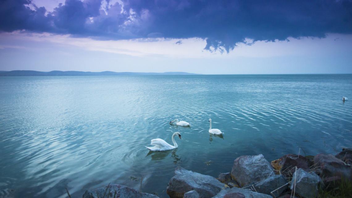 Nincs többé szezonalitás a Balatonnál: a nyár is akkorra bukó lehet, mint a tél