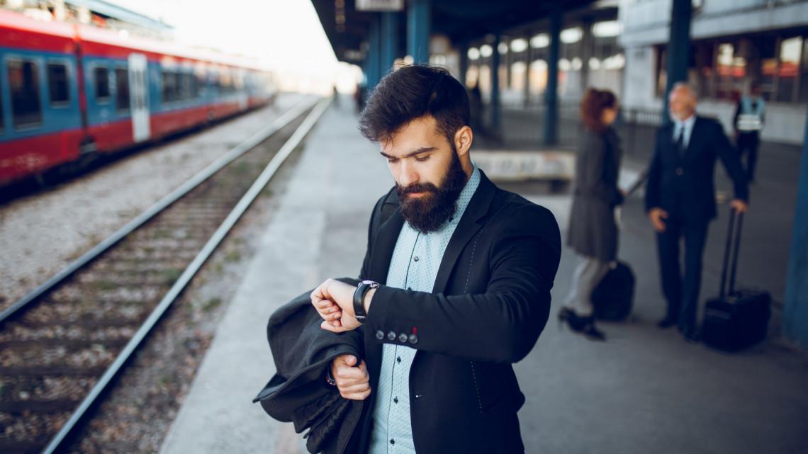 Késések és módosuló menetrend a vasútnál: ezen a vonalon változik a közlekedés