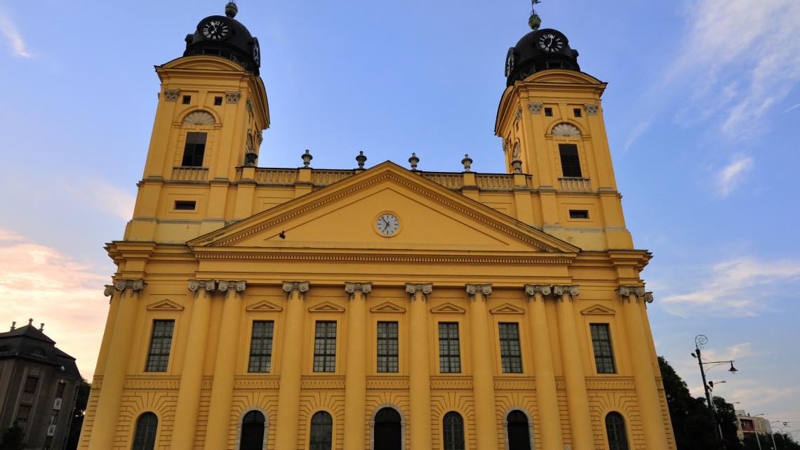 Dübörög Debrecen: kihagyhatatlan lehetőségeket kínál a város