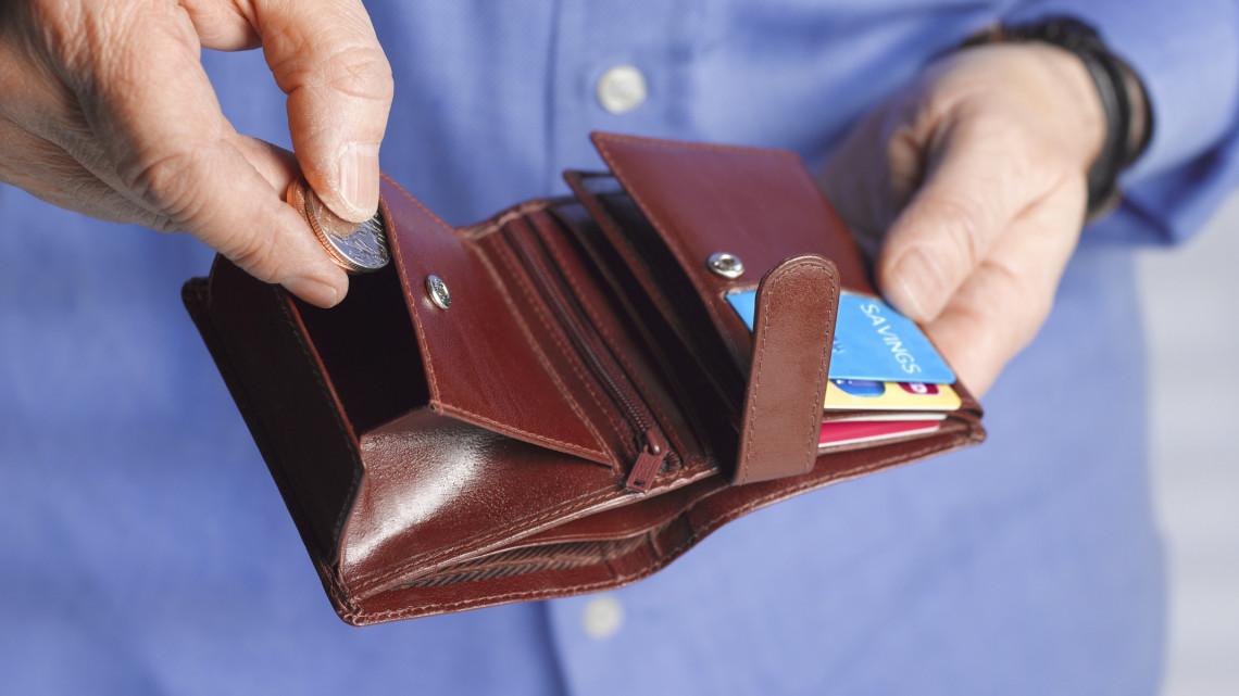 Befellegzett Magyarországon a készpénznek? teljesen eltűnhet a hagyományos fizetési mód