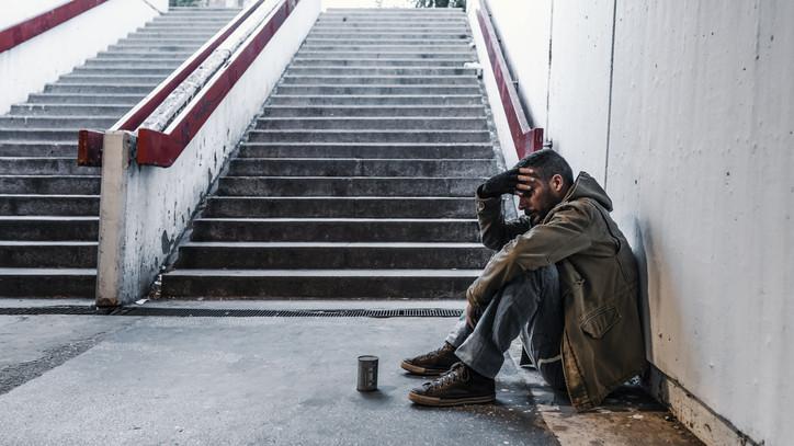 Teljes kilátástalanság: fővárosi hajléktalanszállókon húzzák meg magukat a kirúgott vidékiek