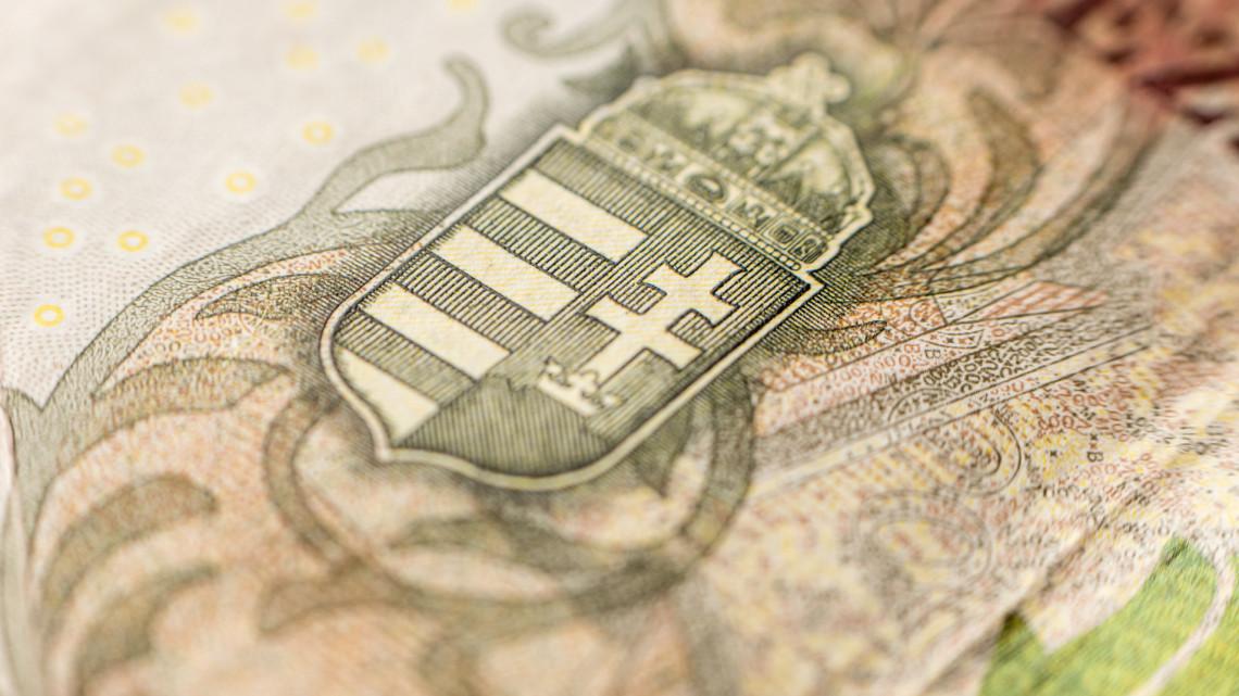 Döntöttek: 3000 milliárdot áldoznak a magyar pénzügyi rendszer védelmére