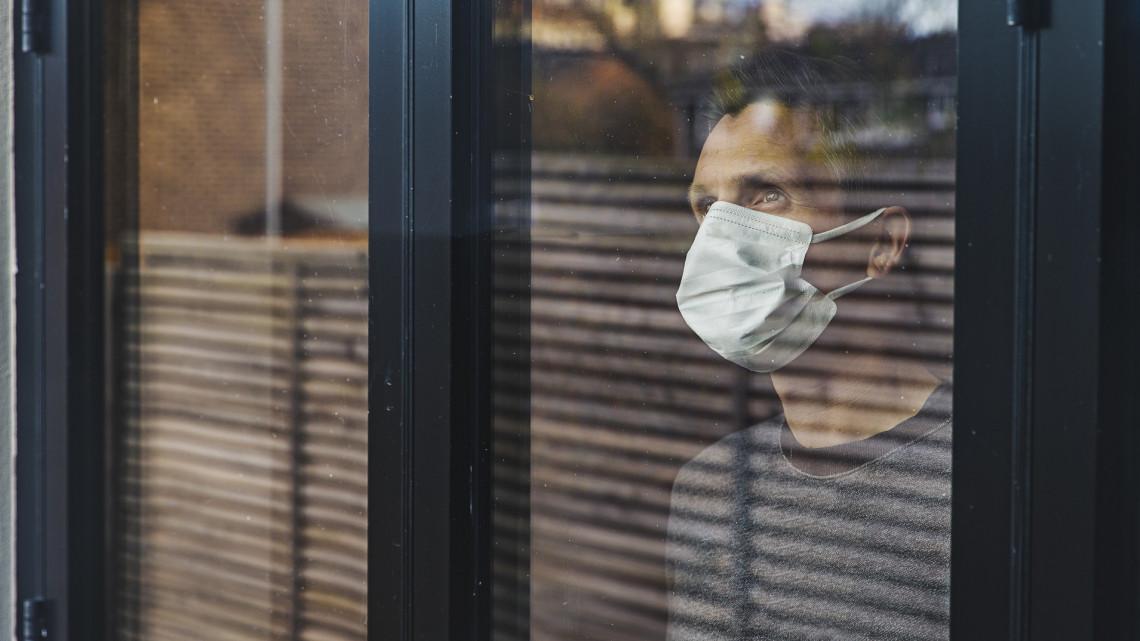 Koronavírus-járvány: több település ragaszkodik a kiszabott szigorításokhoz