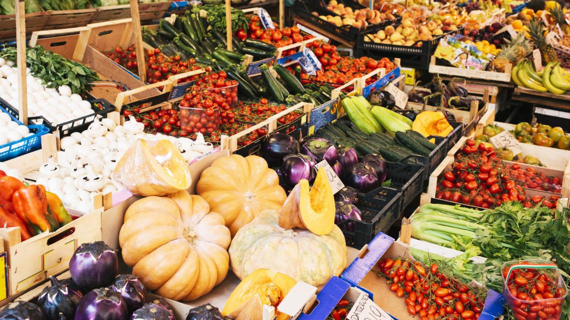 Hatalmas változás: csak így vásárolhatunk a veszprém megyei piacon
