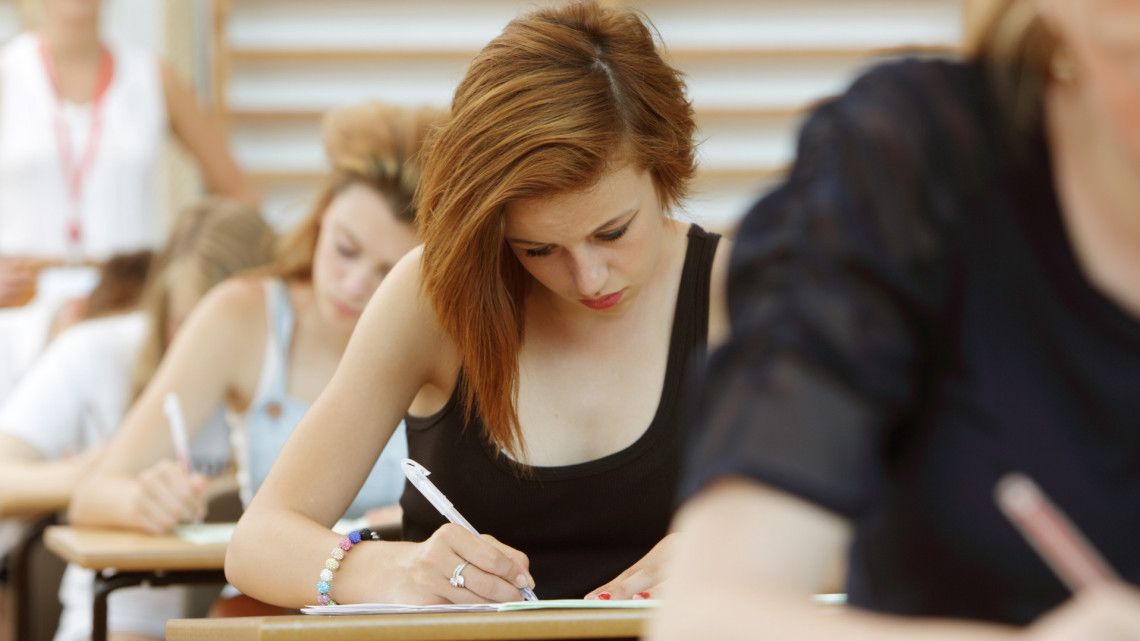 Brutálisan szigorú feltételekkel indul az idei érettségi: több diák halasztást kért