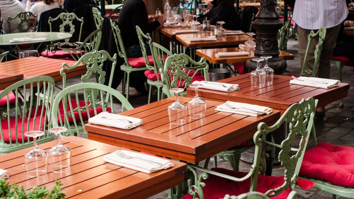 Nesze neked terasznyitás: nagy áremelkedés jöhet a magyar vendéglátásban