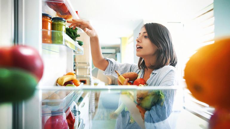Őrület, mennyi zöldség végzi a kukában: itt a módszer, amivel sokáig frissen tarthatod