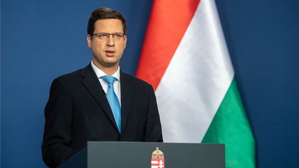 Gulyás Gergely: mégis mehetnek a budapestiek vidékre