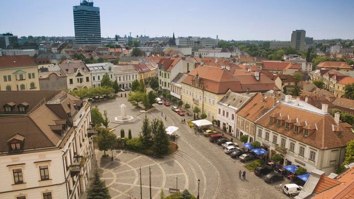 Ilyen ingatlant vehetsz most 10 millió alatt a Balatonnál: megéri kivárni?