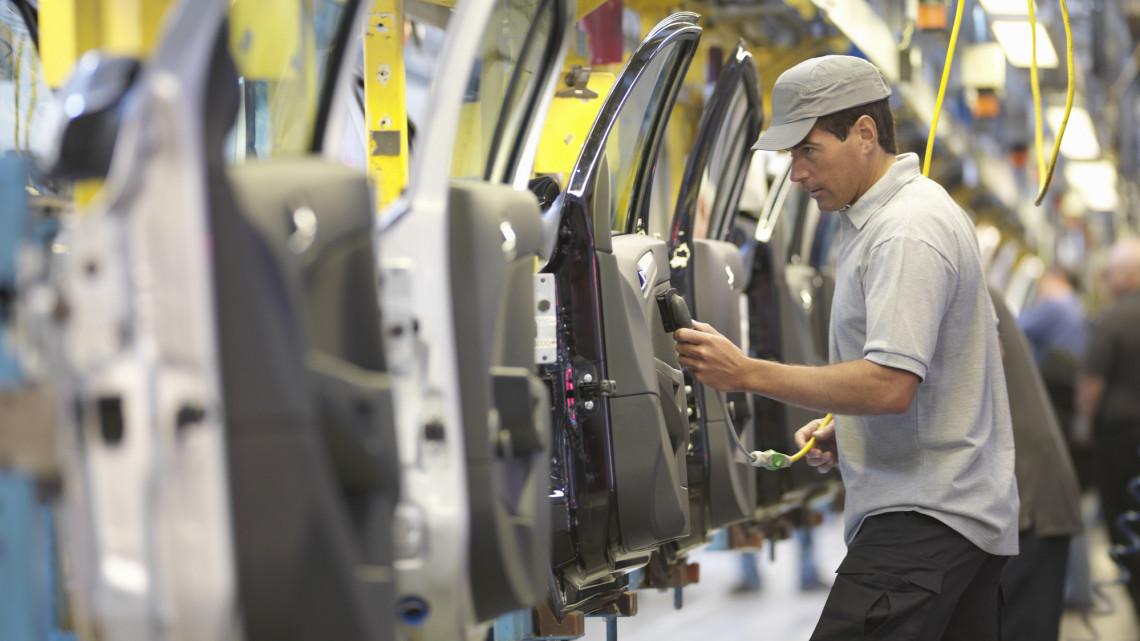 Nem okozott fennakadást a járvány: itt tart a debreceni BMW-gyár építése