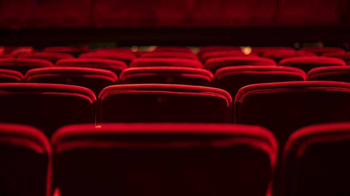 Nem húzta be a kéziféket a színház: ebben a vidéki városban új műsorral vár a teátrum