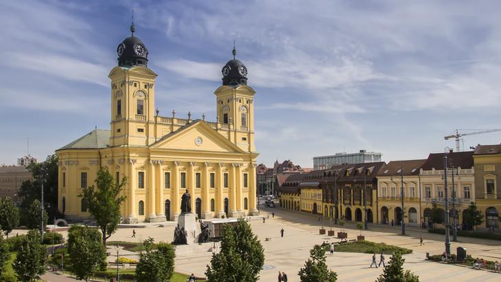 Hatalmas beruházás kezdődik Debrecenben: egy svájci cég kezd gyárépítésbe