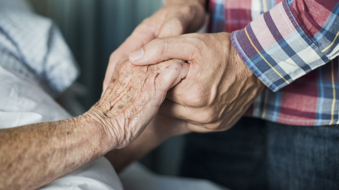 Erre már nem számíthatnak idén a nyugdíjasok: mutatjuk, milyen juttatás marad meg számukra