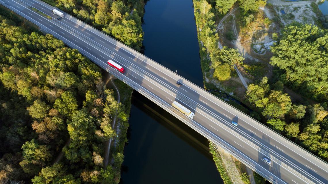 Így hívják majd az új magyar-szlovák Duna-hidat: kiderült az is, mikor készül el