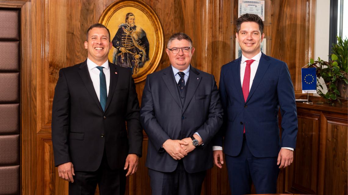 Létrejött a megállapodás: ez lesz a magyarok új, szuperbankja?