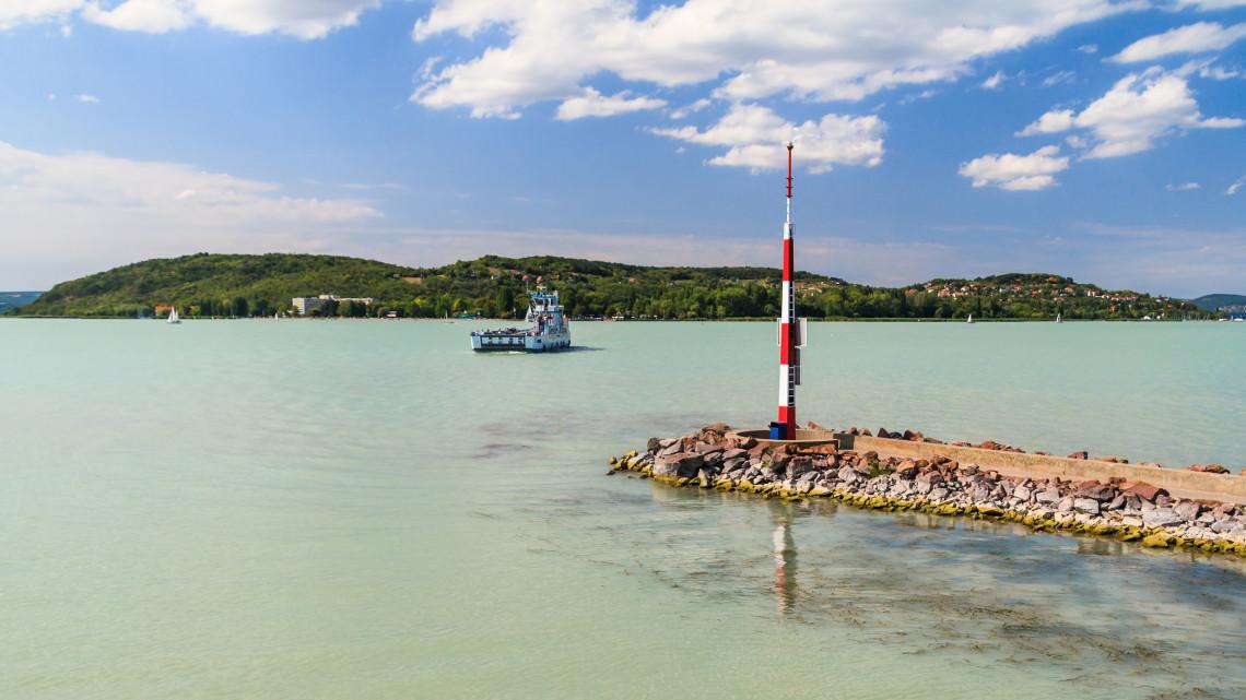 Jelentős gazdasági veszteségekkel indul az idei hajózási szezon a Balatonon