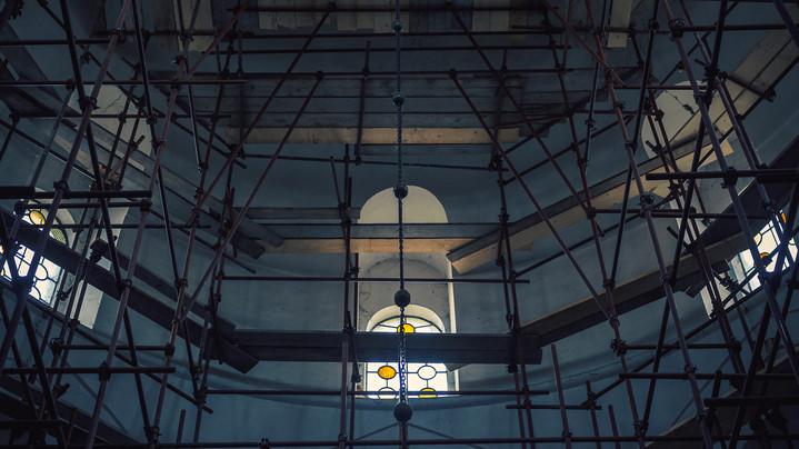 Hatalmas korszerűsítés kezdődik Tolnában: ezeket a templomokat újítják fel