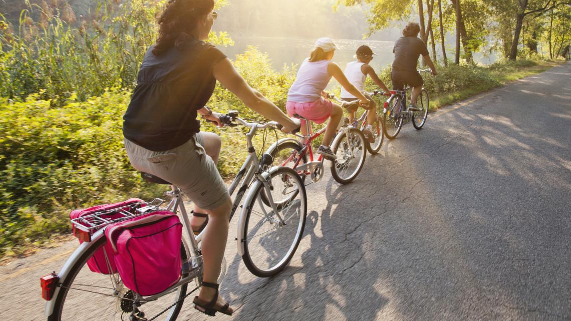 Egyre több a lehetősége a kerékpárosoknak: ide mindenképp érdemes ellátogatniuk