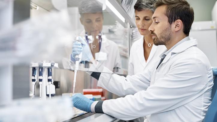 Különleges laboratóriumot adtak át Herceghalmon: mutatjuk a részleteket
