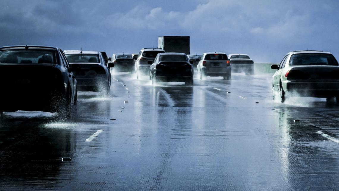 Siralmas a helyzet: ezek a magyar utak vannak a legrosszabb állapotban