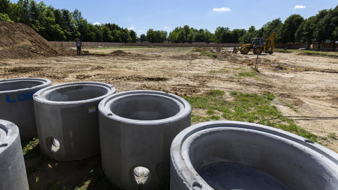 Milliárdos beruházás: hatalmas csarnok épül a vidéki városban, a térség új sportközpontja lehet